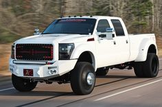 2013 Ford F-450 Super Duty Platinum - Not Just Another Pretty Face