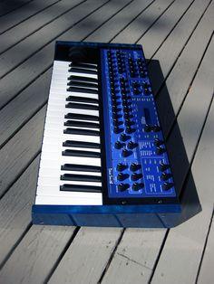 Dave Smith Mono Evolver Keyboard, custom synth, DSI MEK, synthesizer