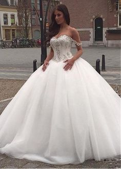 Buy discount Vintage Tulle & Satin Off-the-shoulder Neckline Ball Gown Wedding Dresses With Beaded Lace Appliques at Laurenbridal.com