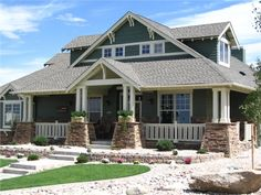 modern bungalow.  my ultimate, favorite house style.