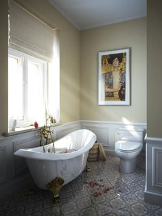 Vintage Bathroom Design Trends Adding Beautiful Ensembles to Modern Homes Love the idea of this wood paneling for my ensuite