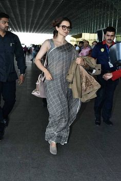 Kangana Ranaut.. Princess Leia buns and loafers with saree!! Simply amazing. Need to try it out!!