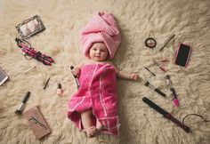 Over 40 cool baby photos ideas for a creative photo shoot - baby photos ideas photoshoot ideas creative funny baby pictures chick - Funny Baby Pictures, Baby Girl Pictures, Newborn Pictures, Adorable Pictures, Family Pictures, Beautiful Pictures, So Cute Baby, Baby Shooting, Monthly Baby Photos