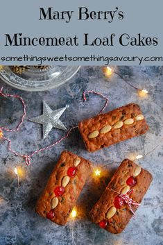 Mary Berry's Mincemeat Loaf Cakes: Mary Berry's mincemeat . - JoanMary Berry's Mincemeat Loaf Cakes: Mary Berry's mincemeat loaf cakes are a perfect easy bake for Christmas! You can't go wrong with a Mary Berry recipe and this one is a real classic Xmas Food, Christmas Cooking, Minced Meat Recipe, British Baking, Mince Meat, Cupcakes, Loaf Cake, Savoury Cake, Sweet Recipes
