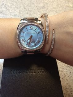 My New Valentine's Rose Gold Michael Kors watch and bracket!!