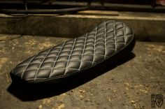Image of XS 650 Custom Tracker/Brat Seat (Diamond Pattern Black with White Stitching))