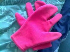 Alien gloves pink