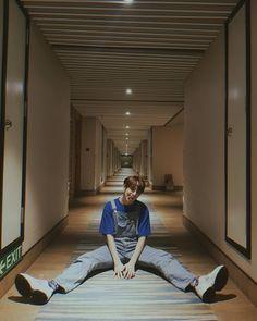 Words Wallpaper, Blue Wallpaper Iphone, Korean Entertainment Companies, Taehyung, Boyfriend Justin, Shawn Mendes Wallpaper, Boy Groups, Youtube, Instagram
