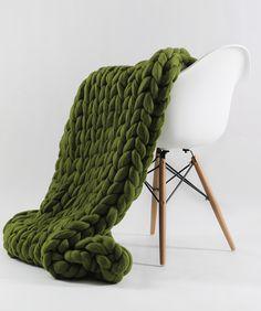 Medium Ohhio Blanket