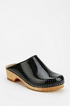 Olsson Perforated Clog #urbanoutfitters