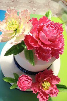 Gumpaste Flower One 5 Closed Peony one mini Peony with by CMWan