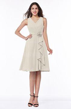 Champagne Sexy V-neck Sleeveless Chiffon Knee Length Plus Size Bridesmaid Dresses