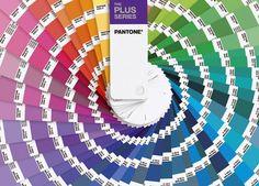 #Pantone introduce nuevos matices a su popular guía del color