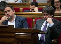 La Fiscalía acusa a Puigdemont de desobediencia prevaricación y malversación