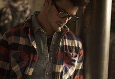 I wish my boyfriend would wear flannels. #socute