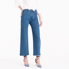 "Wide-leg pants are still in, and we couldn't be happier. This pair has a high waist and cropped leg, which mean you can show off those brand-new shoes. <ul><li>Sits above hip.</li><li>Easy through hip and thigh with a wide, cropped leg.</li><li>Front rise: 11 1/4"".</li><li>24 1/2"" inseam.</li><li>21 3/4"" leg opening (based on size 28).</li><li>Cotton/elastane.</li><li>Machine wash.</li><li>Import.</li><li>Online only.</li></ul>"