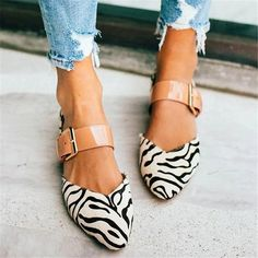 Apr 2020 - Women's Simple Buckle Casual High Heels Flat Shoes Mules – cuteshoeswear flats for women cute flats shoes comfortable flats outfit casual Dandy, Flats Outfit, Outfit Jeans, Cute Flats, Comfortable Flats, Fashion Heels, Party Shoes, Types Of Fashion Styles, Style Fashion