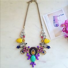 Stunning colorful statement necklace Beautiful mix of colors in one necklace, new with tags. HWL Boutique Jewelry Necklaces