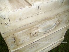 Old, ugly spray painted trunk made fabulous .. one of better applications of ASCP I have seen for a vintage trunk