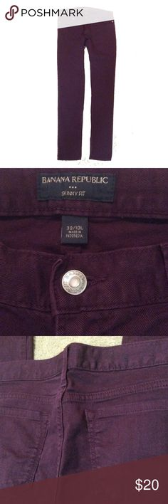 Banana Republic skinny burgundy long jeans Sz 10 L In excellent condition, Size 30/ 10 L. 34 inches inseam,  32 inches waistline Banana Republic Jeans Skinny