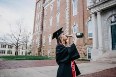 University of Arkansas Senior Pictures College Senior Pictures, Grad Pics, Graduation Pictures, Senior Photos, Senior Portraits, University Of Arkansas, Chapel Hill, Senior Girls, Grad Parties
