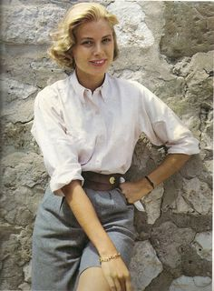 Grace Kelly - white blouse and chambray shorts