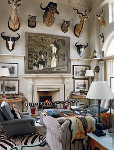 Home Decorators Collection Rugs Hunting Lodge Interiors, Log Home Interiors, Hunting Lodge Decor, Top Interior Designers, Home Interior Design, Gentleman Decor, Taxidermy Decor, Trophy Rooms, Contemporary Bathrooms
