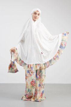 Muslim Fashion, Hijab Fashion, Fashion Dresses, Modest Dresses, Modest Outfits, Casual Hijab Outfit, Muslim Dress, Islamic Clothing, Fashion Online