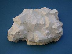 Borax, Na2B4O5(OH)4•8(H2O), Larderello, Pomarance, Pisa Province, Tuscany, Italy. Size 8x6 cm. Copyright:Leonardus