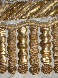 Detail of gold embroidery on ca. 1815 evening dress, KSUM Collection of the Kent State University Museum. Tambour Embroidery, Couture Embroidery, Gold Embroidery, Embroidery Designs, Crazy Quilting, Ideias Diy, Lesage, Passementerie, Gold Work