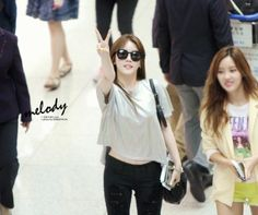 Come visit the biggest KPOP Fashion store in the world @ kpopcity.net !! T-ara SoYeon @ Airport