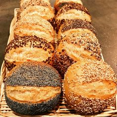 Cooking Chef, Healthy Cooking, Cooking Time, Baguette, Cuisine Diverse, Mini Burgers, Weird Food, Vegan Kitchen, Ciabatta
