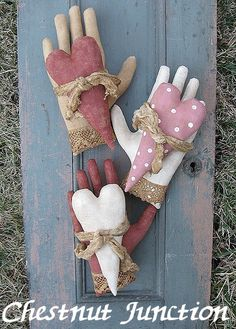 Heart In Hand EPATTERN-primitive valentine cloth doll craft