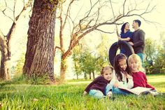 Ideas for family photography gallery-love the mom and dad in the back..not so much the tire swing