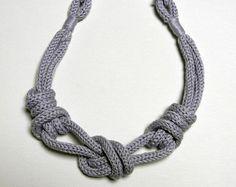 Collana in filo di cotone con nodi. Colore di ylleanna su Etsy - tricotin