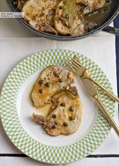 Receta de chuletas de cerdo con alcaparras y anchoas. Receta de carnes, Con fotos del paso a paso y de presentación y consejos de elaboración y de degustació...