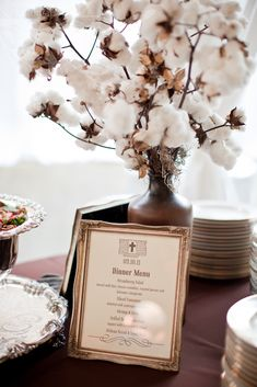 Looking to add texture to your floral arrangements? Raw cotton is a unique touch that lends itself particularly well to a winter celebration. Wedding Menu Cards, Wedding Pics, Wedding Shoot, Wedding Trends, Wedding Designs, Wedding Reception, Our Wedding, Dream Wedding, Wedding Ideas