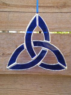 Small Stained Glass Celtic Knot by DesertGirlGlass on Etsy, $11.00