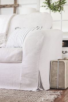 Cottagestyle slipcover custom made in cotton poly canvas