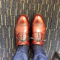 KOKOK 室蘭2日目ちょっと移動して夕方まで仕事します #kokon #kokonshoes #shoes #sotd #muroran #shoesoftheday #ココン #紳士靴 #革靴 #室蘭 #degermann #ドゥジェルマン