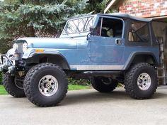 84 Jeep CJ7 in Ice Blue Metallic