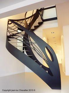 Escalier design débillardé d'inspiration Art Nouveau, dessiné et mis en forme par Jean Luc Chevallier pour La Stylique.