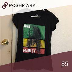 Bob Marley Band Tee Bob Marley Band Tee. Size Large. Runs small. Tight fit. Hot Topic Tops Tees - Short Sleeve