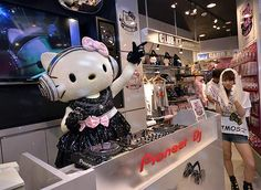 I so want to meet hello kitty; I know she isn't real but it would be cool!