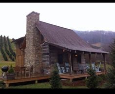 Hunting cabin! Want to build this on our ranch some day.