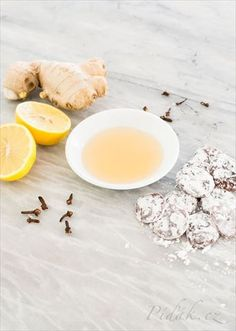 Natural Remedies For Colds An easy recipe for homemade cough drops with lemon, ginger and clove to help soothe a sore throat and suppress coughs. - Homemade cough drops with lemon, ginger, and clove help soothe a sore throat and suppress coughs. Sore Throat Remedies, Home Remedy For Cough, Natural Cough Remedies, Flu Remedies, Health Remedies, Homemade Cough Syrup, Ayurvedic Home Remedies, Ginger And Honey, Pure Honey