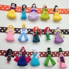 Princess Ribbon Sculpture Hair Clip Choose One por BabyBugWear