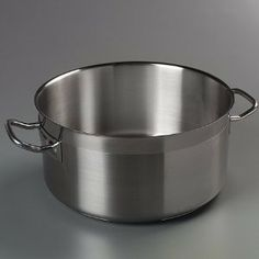 Carlisle 601123 Versata Select Sauce Pot, Stainless Steel (Each) by Carlisle. $148.97. Construction = stainless steel. Capacity = 21 qt. Versata Select Sauce Pot, 22 qt., 18/10 stainless steel, induction ready, loop handles, satin finish, NSF (Cash n' Carry)