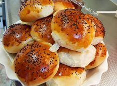 PUF PUF POGAÇA Iftar, Bread Dough Recipe, Turkish Kitchen, Food Platters, Comfort Food, Kinds Of Salad, Bagel, Baking Recipes, Salad Recipes