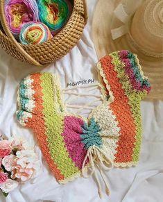 Cute Crochet, Crochet Toys, Knit Crochet, Crochet Top Outfit, Crochet Clothes, Crochet Designs, Crochet Patterns, Bralette Pattern, Crochet Tank Tops